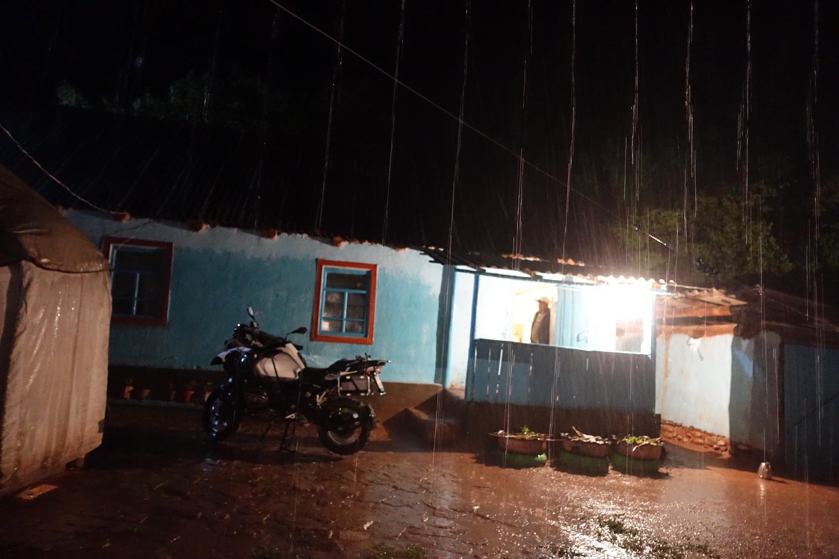 Pioggia e moto